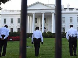 Watch: Video Shows Vet Storm White House with Knife